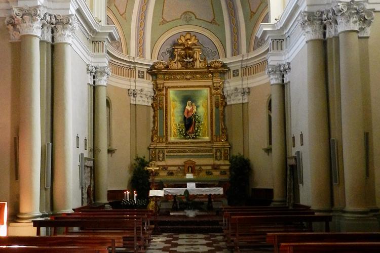 Chiesa di San Martino, altare, Silvia Cesari, 2018
