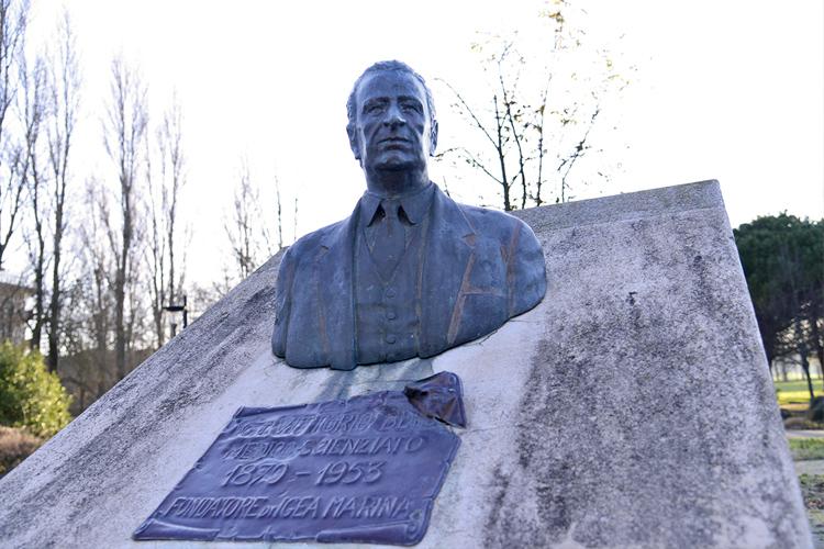 Vittorio Belli, busto realizzato dallo scultore Sante Battistelli, Federica Giorgetti, 2018